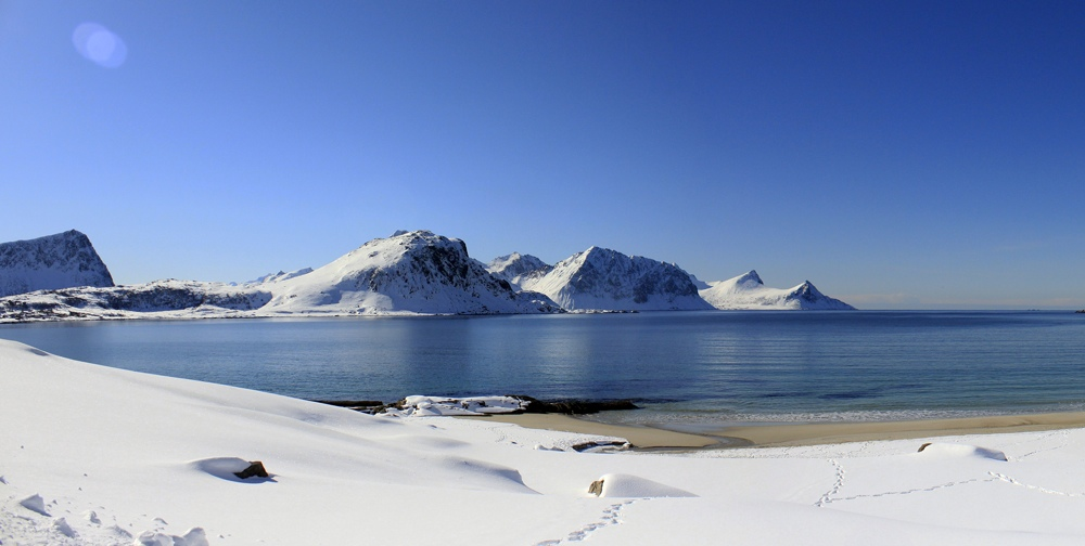 LOFOTEN ISLANDS- BEACH